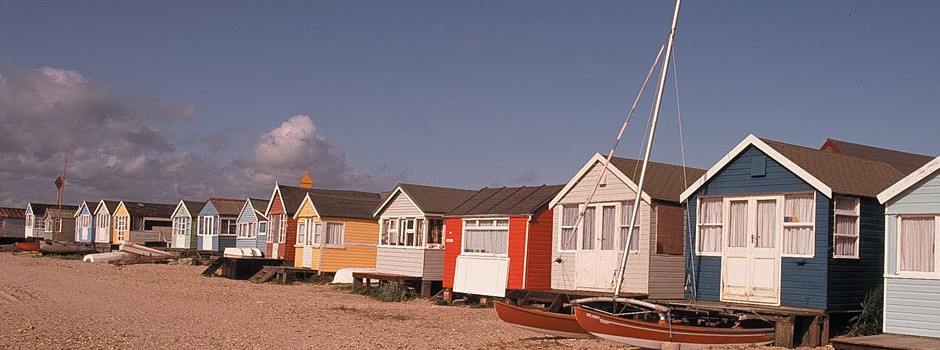beach-huts-mudeford-beach