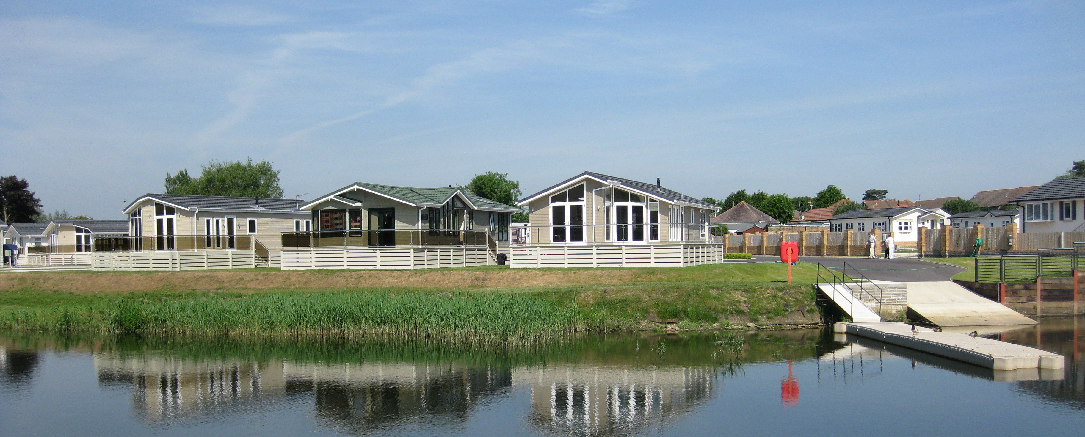 Beaulieu Gardens Is A Beautiful Riverside Development Of 20 Privately Owned Luxury Holiday Lodges The Park Offers Boat Access To Lovely River Stour And